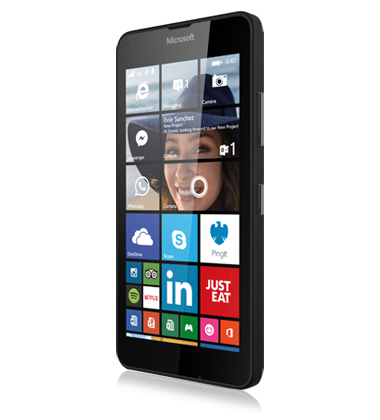 Left angled view of the Microsoft Lumia 640 Black phone